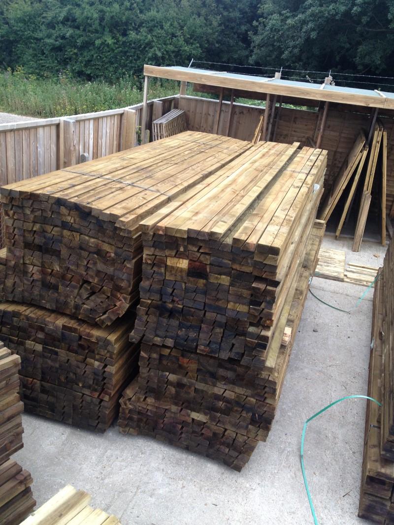 Closeboard Rails 3 60m 12ft Cant Rail Roger Hanley