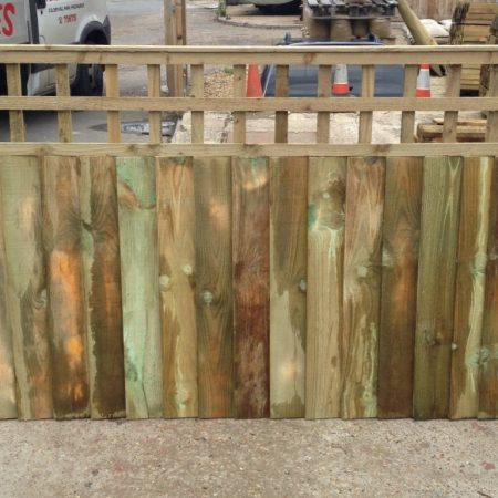 Closeboard panels with built in trellis 6ft x 1.20m + 600mm