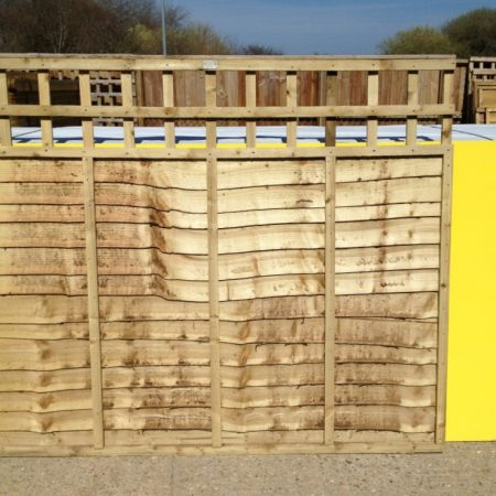 Panels overlap panels with built in trellis 6ft by 3ft by 1ft