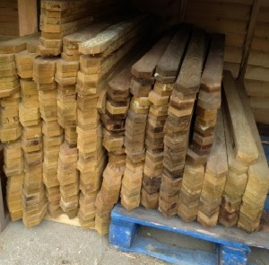 "Sawn Pointed 75mm (3"") x 22mm (1"")"