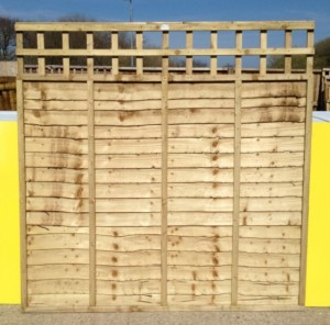 Panels overlap panels with built in trellis 6ft by 5ft by 1ft
