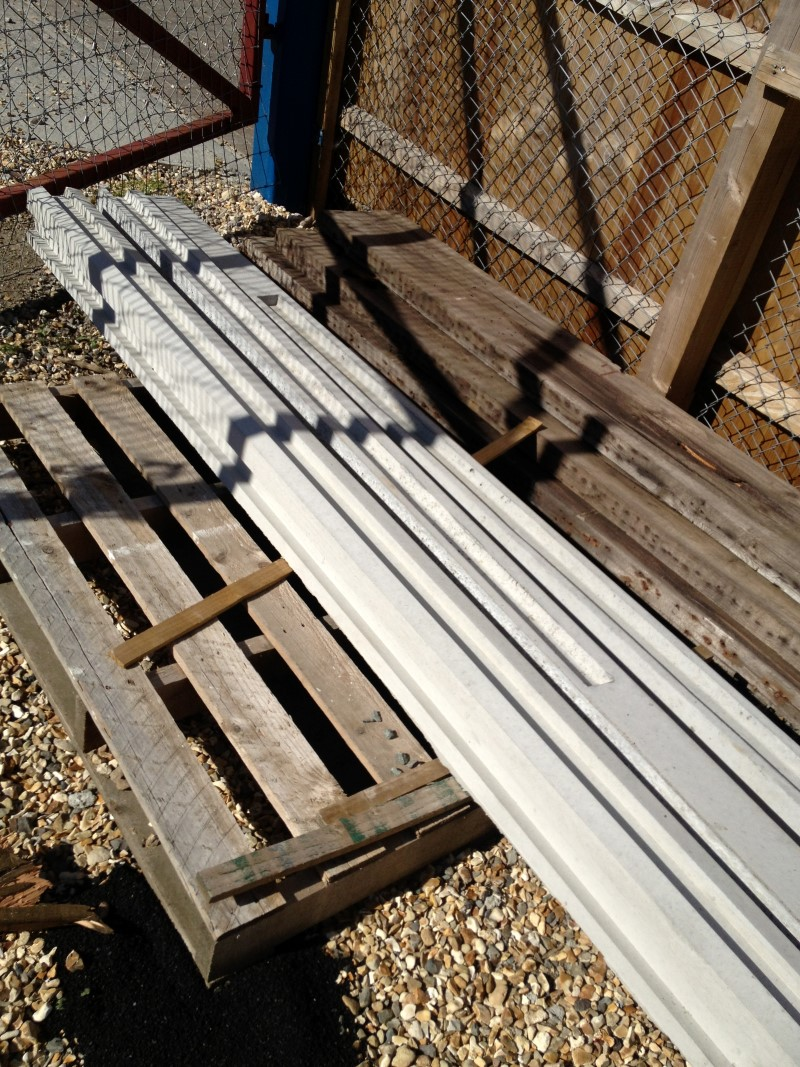 Slotted Posts 2.40m [8ft] End